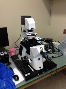 Platform for optical microscope photo